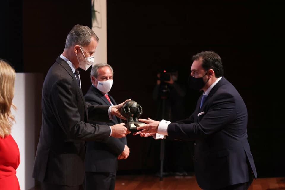 > Deportivo Jaén felicita a su patrocinador Sebastián Linde y su empresa LINDE BARRAGÁN Y ASOCIADOS