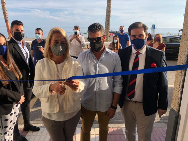 > El empresario Sebastián Linde inaugura nueva sede en Torrenueva Costa